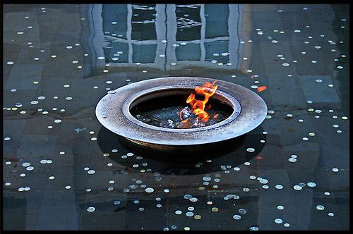 Вечный огонь, eternal flame, Австралийский военный мемориал, Australian War Memorial, Канберра, Canberra, Австралийская столичная территория, ACT, Австралия, Australia