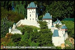 Замок Карлштейн, Karlstejn Castle, Чехия, Czech Republic, Зеленый сад Кокингтон, Cockington Green Gardens, Канберра, Canberra, Австралийская столичная территория, ACT, Австралия, Australia