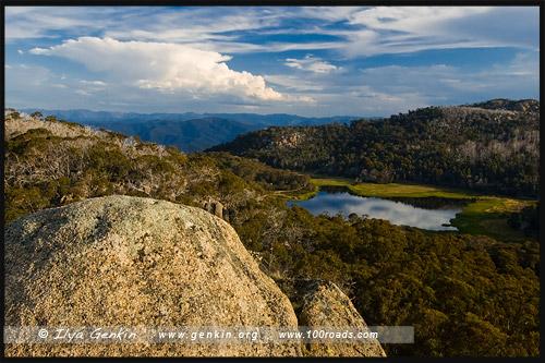 Вид на Озеро Катани (Lake Catani), Национальный парк Горы Баффало, Mt Buffalo NP, Виктория, Victoria, Австралия, Australia