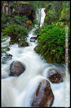 Водопад Женская Ванна, Ladies Bath Falls, Национальный парк Горы Баффало, Mt Buffalo NP, Виктория, Victoria, Австралийские Альпы, Australian Alps, Австралия, Australia