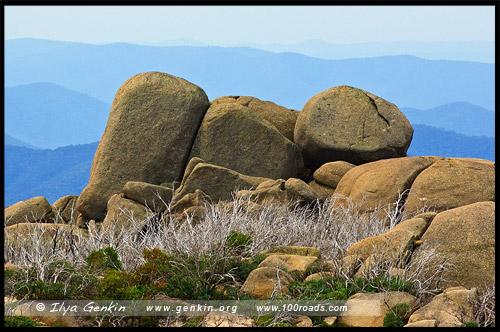 Могила Магомета, Mahomets Tomb, Национальный парк Горы Баффало, Mt Buffalo NP, Виктория, Victoria, Австралийские Альпы, Australian Alps, Австралия, Australia