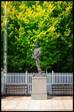 Памятник основателю Александру Кэмерон, Monument of Alexander Cameron, Пенола, Penola, Южная Австралия, South Australia, SA, Австралия, Australia