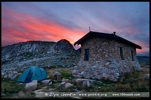 Хижина Симанса, Seamans Hut, Национальный Парк Костюшко, Kosciuszko National Park, Снежные Горы, Snowy Mountains, Новый Южный Уэльс, New South Wales, NSW, Австралия, Australia