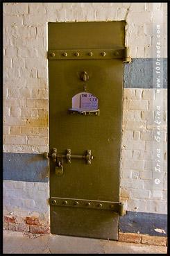 Мужская камера одиночка, Старая тюрьма Вентворт, Old Wentworth Gaol, Вентворт, Wentworth, Новый Южный Уэльс, New South Wales, NSW, Австралия, Australia