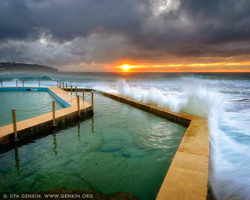 Пляж Кёрл-Кёрл, Curl Curl Beach, Северные пляжи, Northen Beaches, Сидней, Sydney, Новый Южный Уэльс, New South Wales, Австралия, Australia