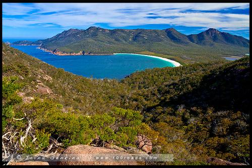 Залив Бокала, Wineglass Bay, Полуостров Фрейсине, Freycinet Peninsula, Тасмания, Tasmania, Австралия, Australia