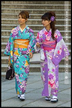 Девушки в кимоно, Японки в кимоно, кимоно, 着物, kimono, Kiyomizu-dera, 清水寺, Хигасияма, Higashiyama ,東山区, Киото, Kyoto, 京都市, Кансай, Kansai, 関西地方, Хонсю, Honshu Island, 本州, Япония, Japan, 日本