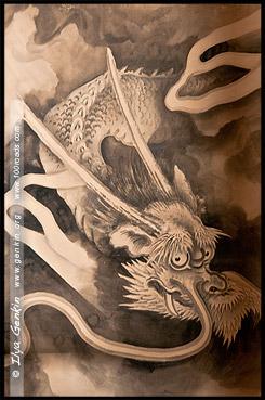 Изображение дракона на одной из стен комнат здания настоятеля, Храм Миролюбивого дракона, Рёандзи, Ryoan-ji, 龍安寺, Киото, Kyoto, 京都市, регион Кансай, Kansai, Хонсю, Honshu Island, 本州, Япония, Japan, 日本