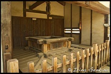 Колодец Ikaku yagura, Замок Химедзи, Himeji Castle