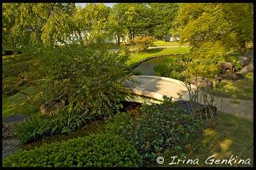 Фрагмент Летнего сада, Natsuki-no-niwa, Сад Кокоен, Koko-en Garden, Химедзи (Himeji), Ярония, Hyogo Prefecture, Kansai Region, Honshu Island, Japan