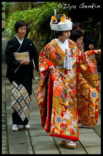 Невеста и ее мама, Храм Кудзурю (Kuzu-ryu Jinja), Хаконэ (Hakone), 箱根, Япония (Japan), 日本