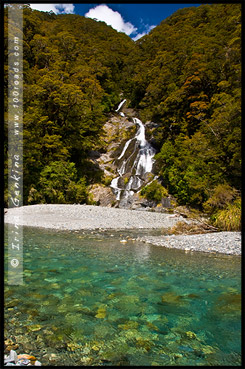 Водопад Фантейл, Fantail Falls, Mt Aspiring National Park, Южный остров, South Island, Новая Зеландия, New Zealand