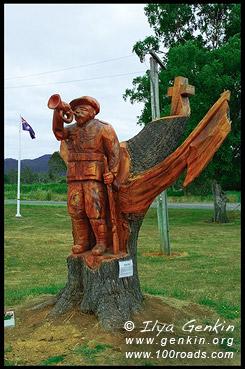Мемориал солдатам погибшим на Первой Мировой Войне, Legerwood Carved Memorial Trees, Legerwood, Тасмания, Tasmania, Австралия, Australia
