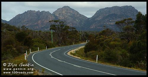 Дорога в Нац.Парка Фрейсине, way to Freycinet, Полуостров Фрейсине, Freycinet Peninsula, Тасмания, Tasmania, Австралия, Australia